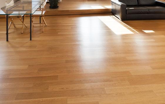 Podłogi tradycyjne lite drewniane